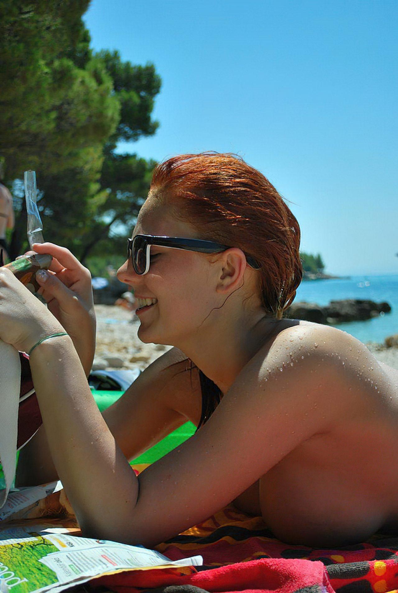 Topless na Praia (7)