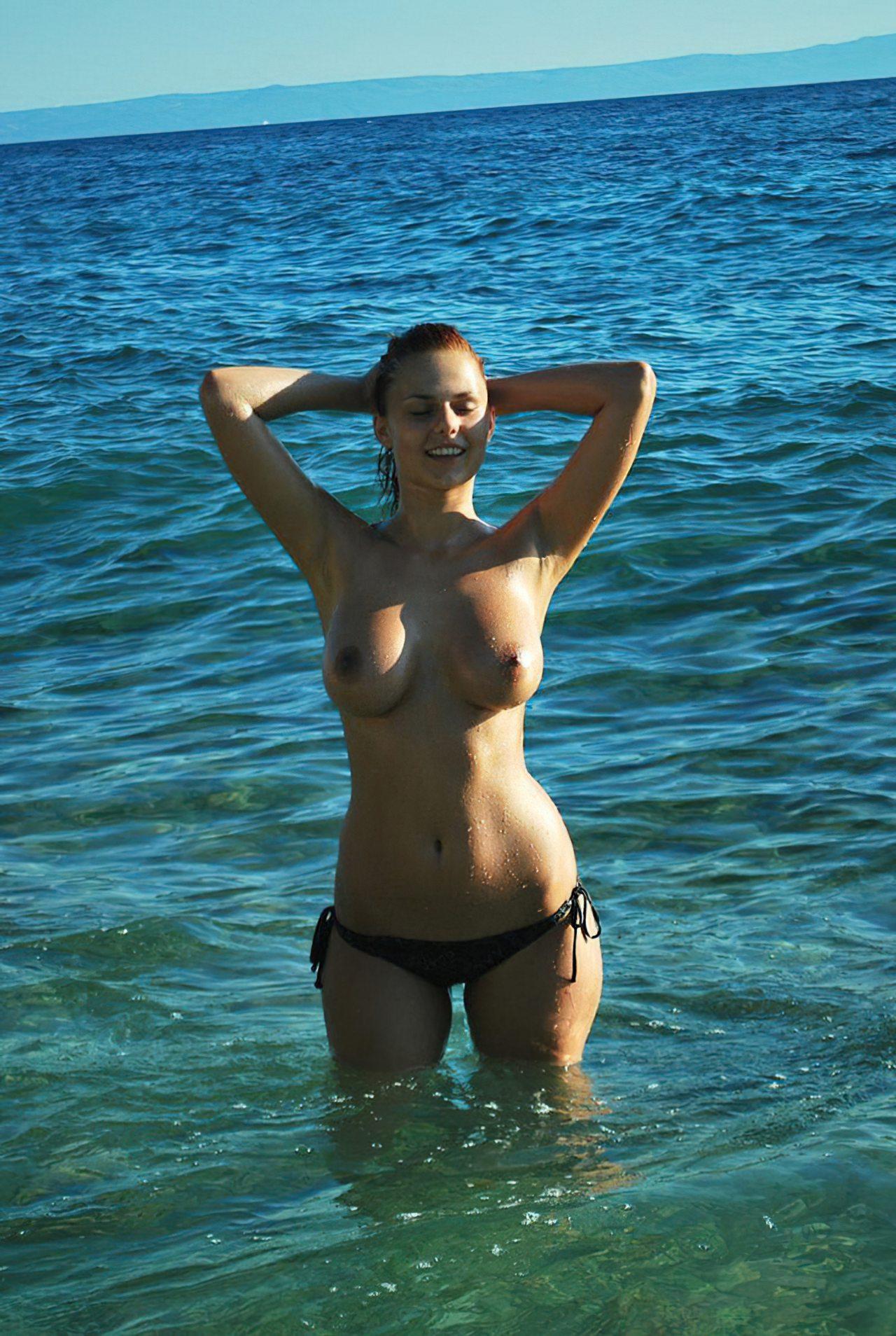 Topless na Praia (13)
