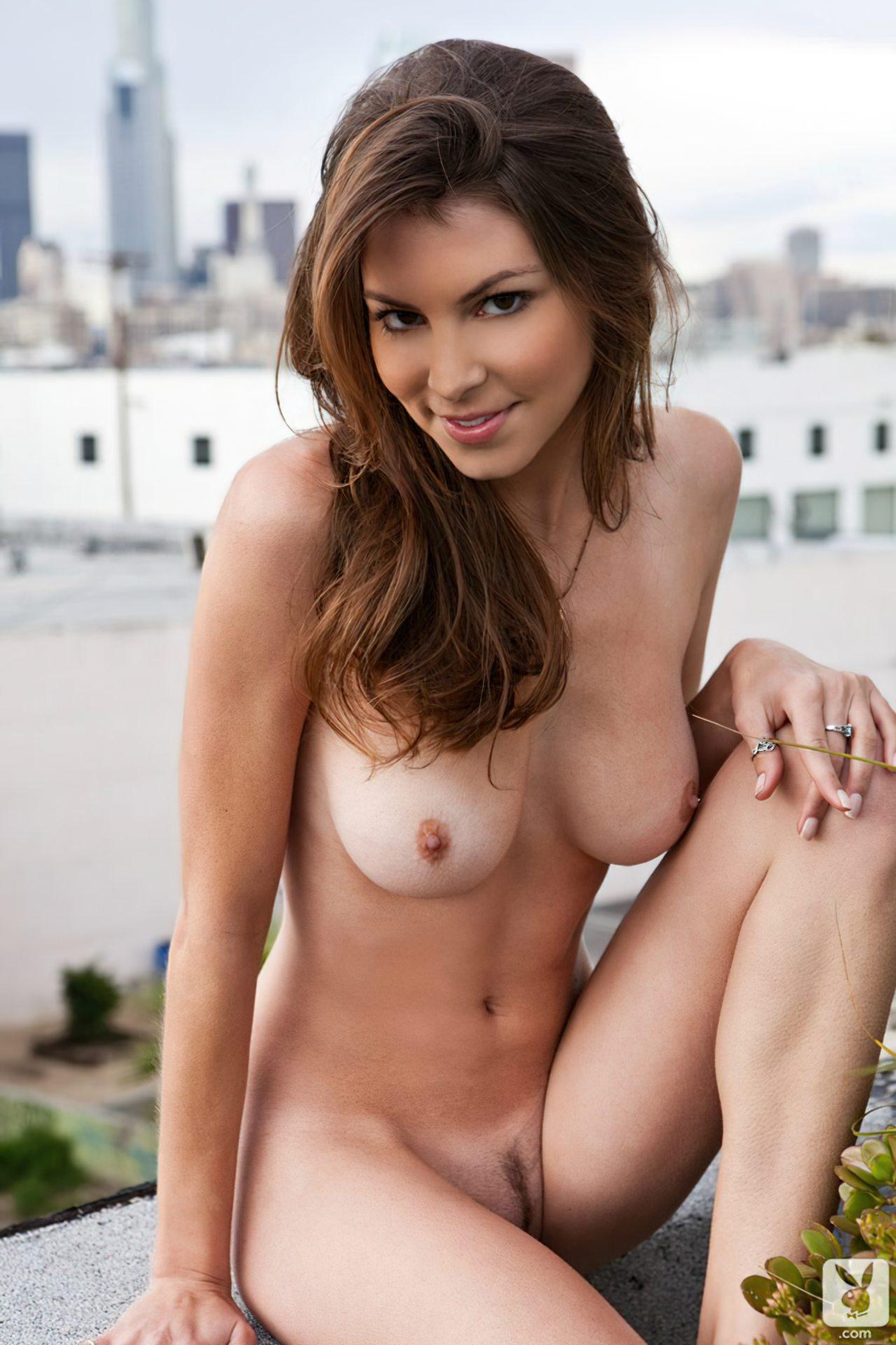 Amber Sym (22)