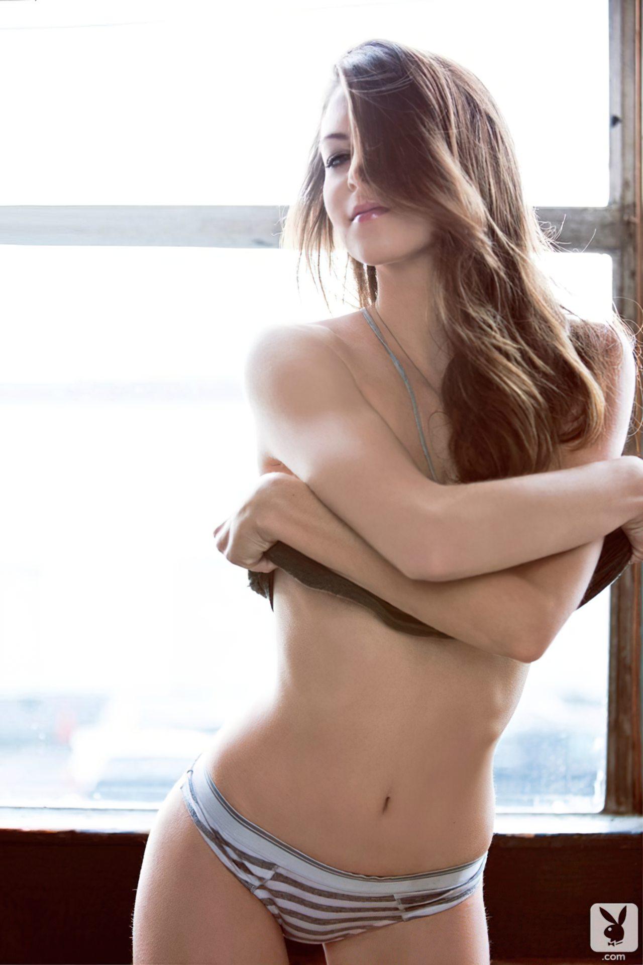 Amber Sym (88)
