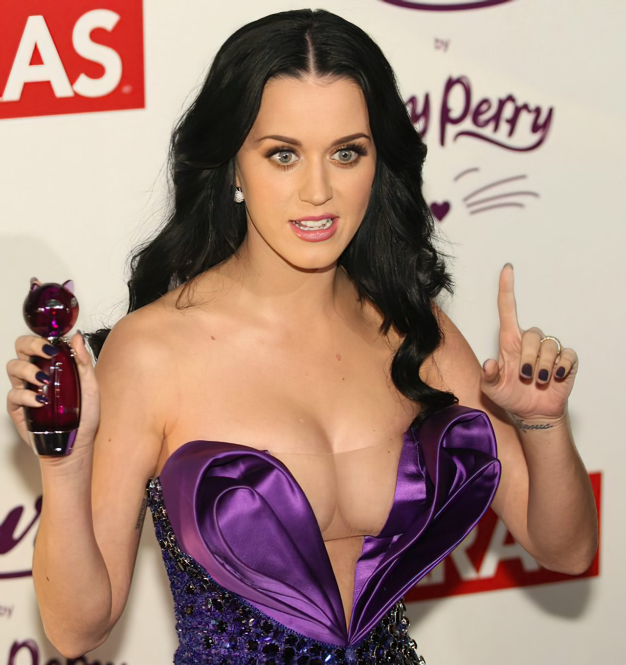 Katy Perry (65)