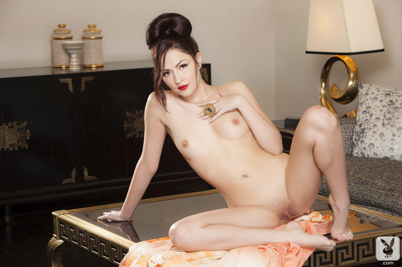 Cassie Laine (41)