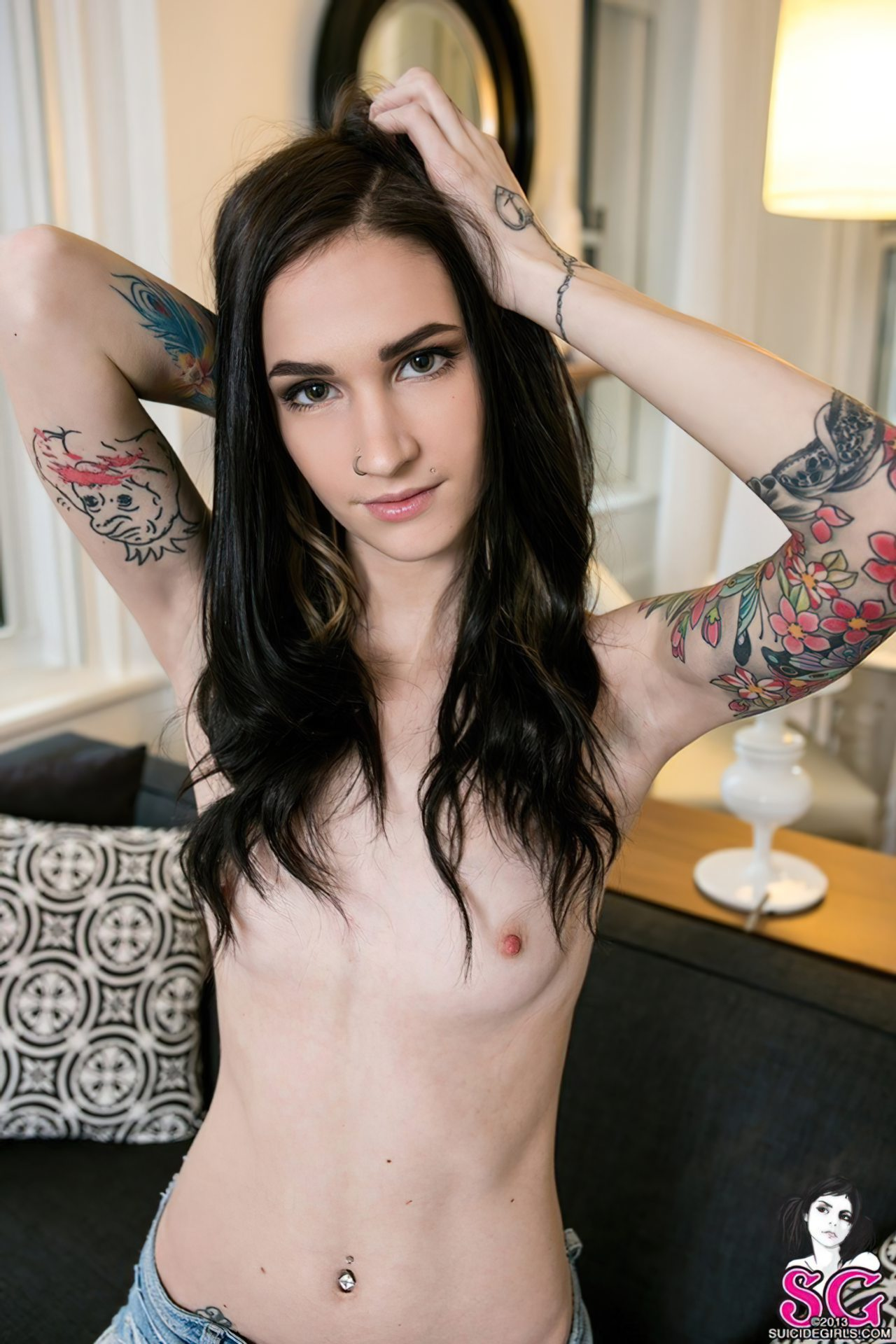 Luxette - Suicide Girl (1)