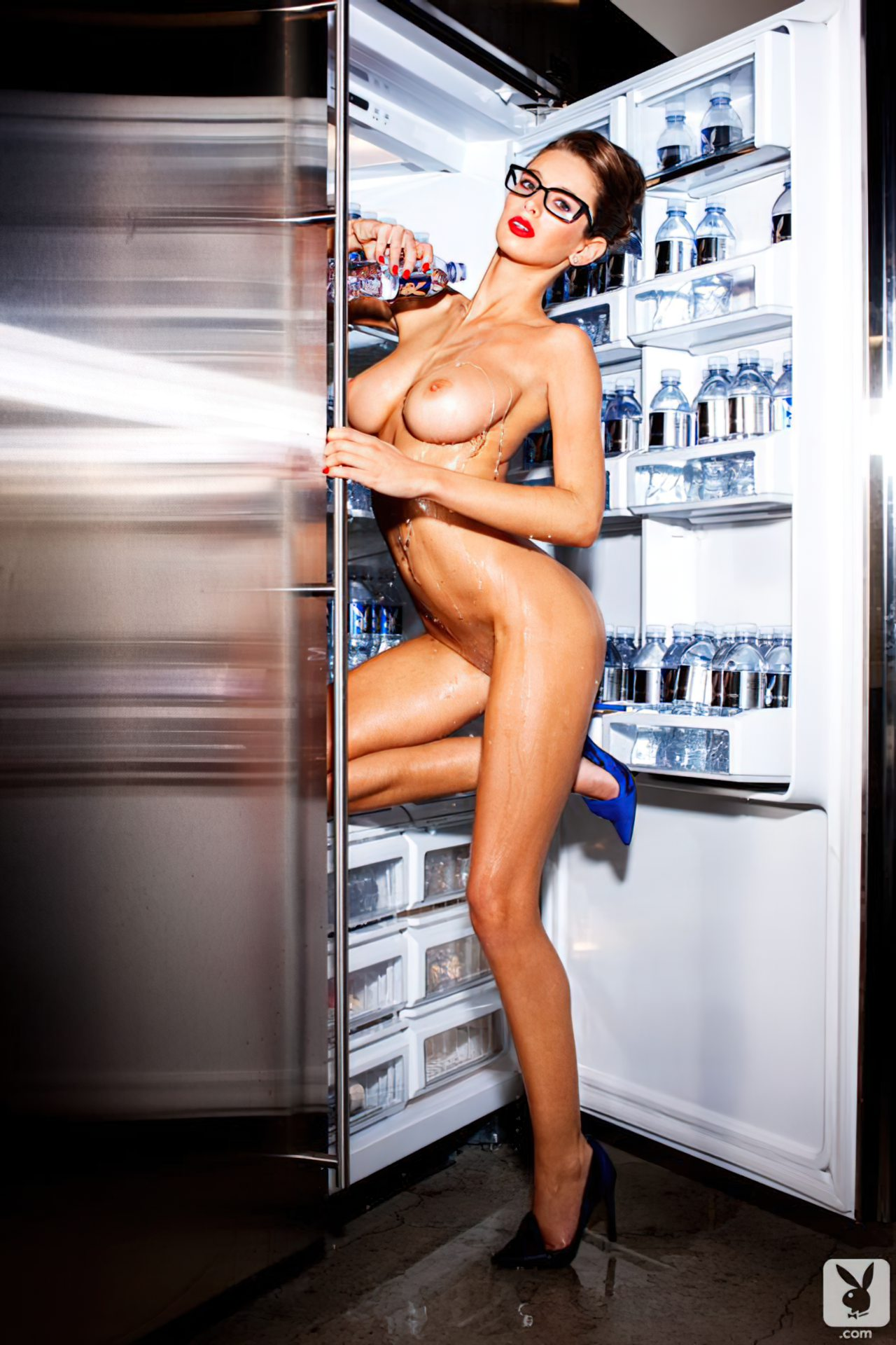 Emily Agnes na Playboy (10)