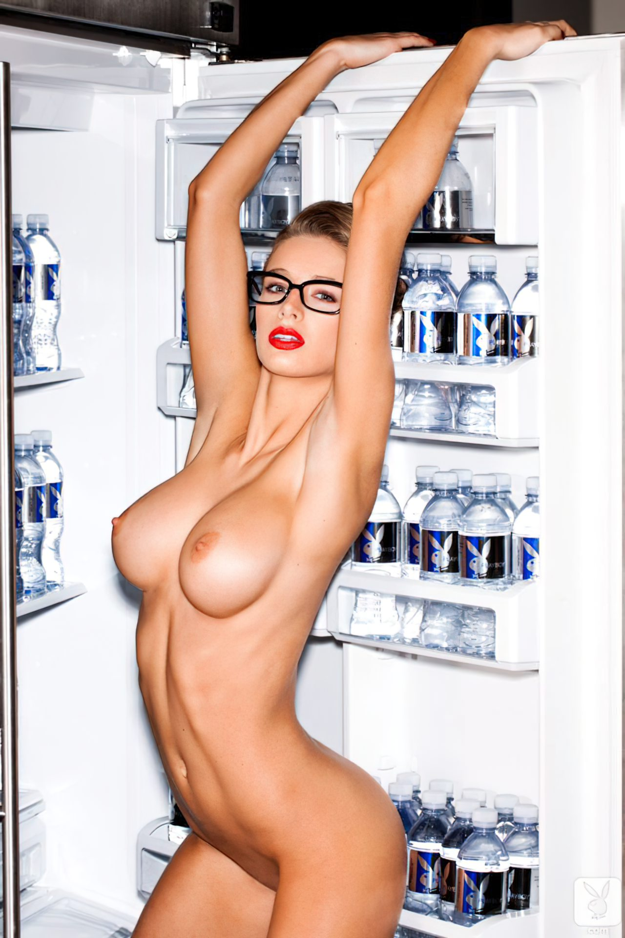 Emily Agnes na Playboy (15)