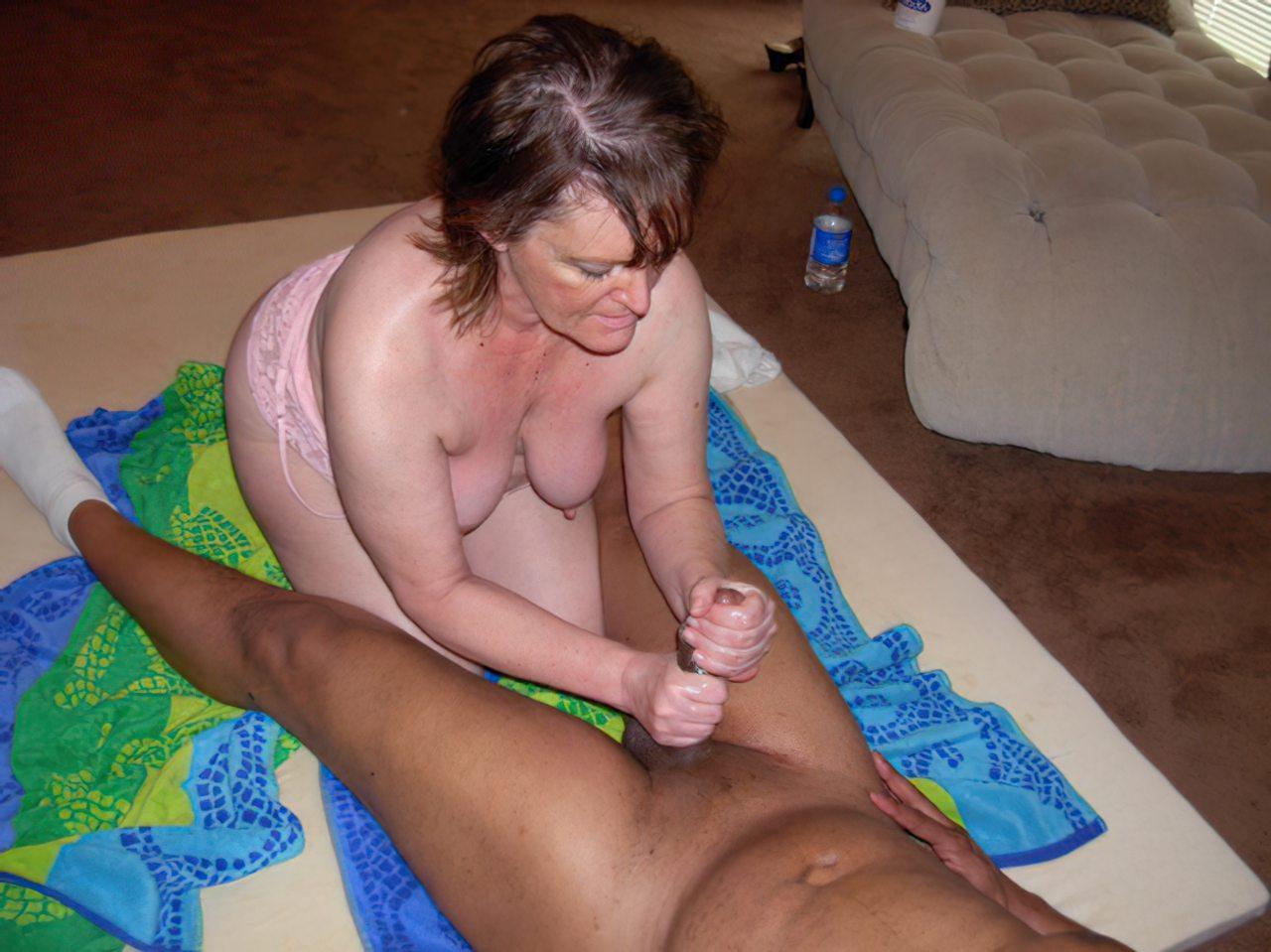Mulher Fodendo Negro (31)