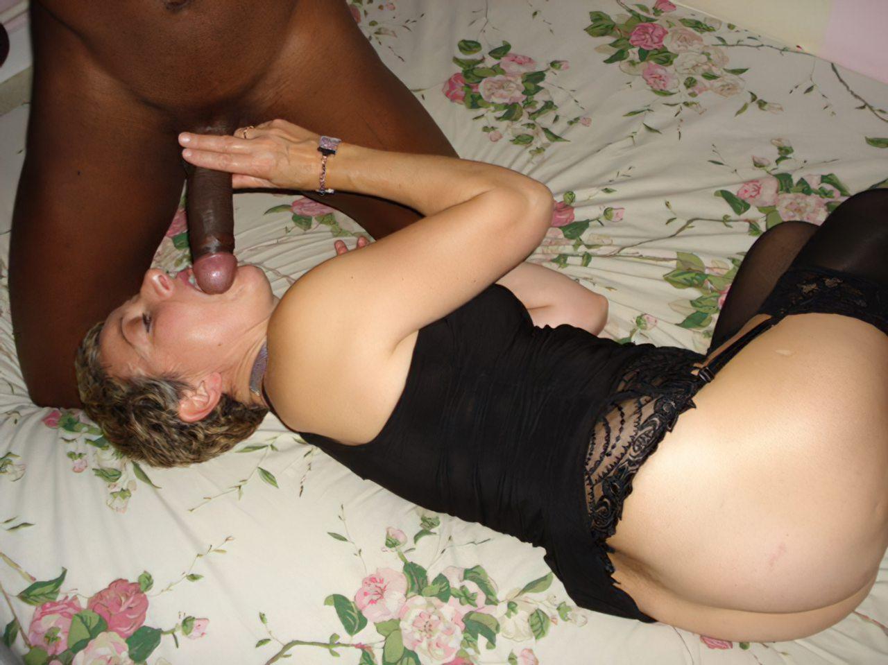 Mulher Fodendo Negro (36)