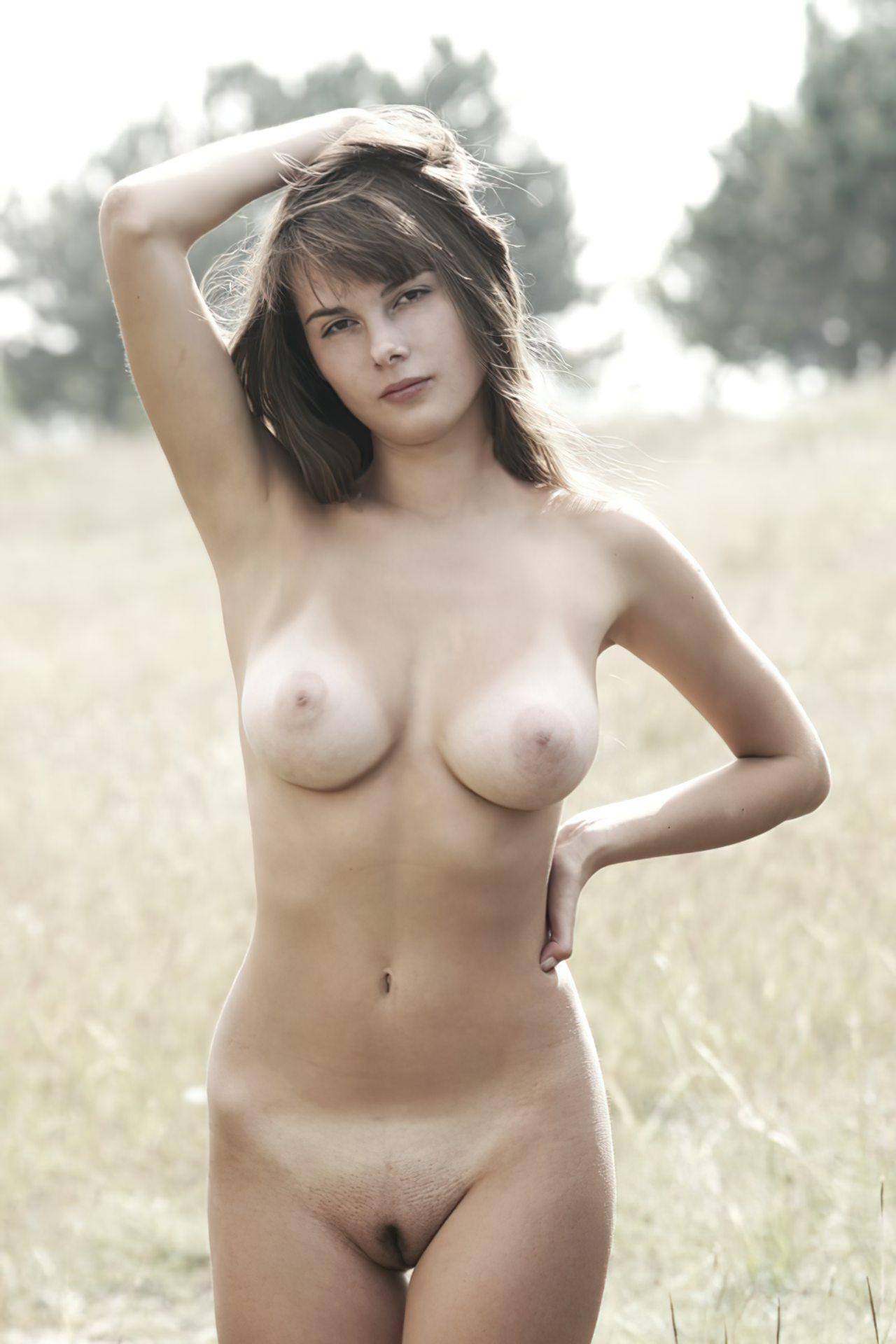 Mulher Nua (31)