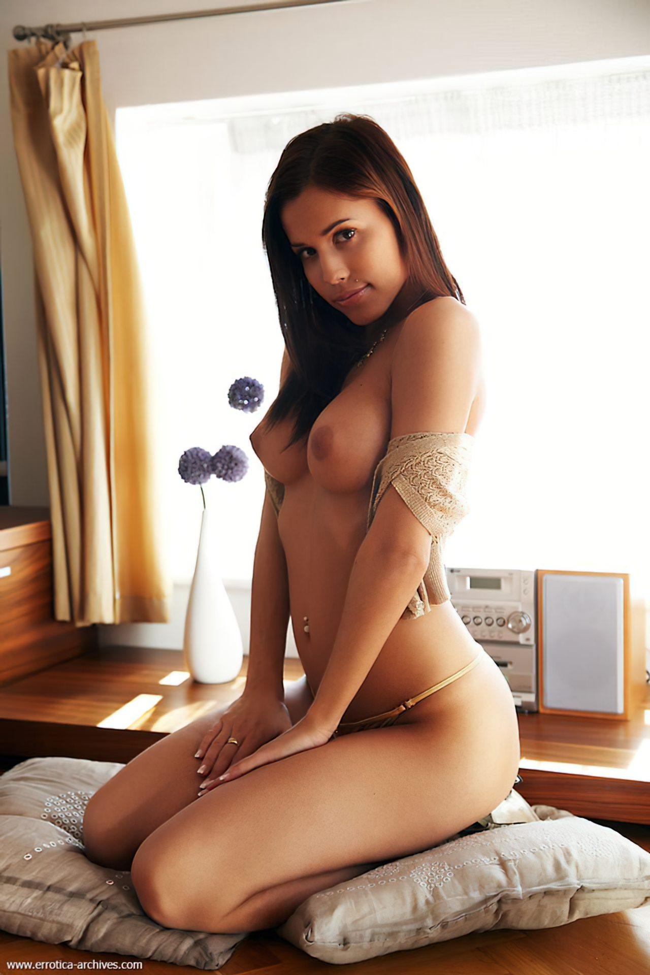 Novinhas Nuas (23)