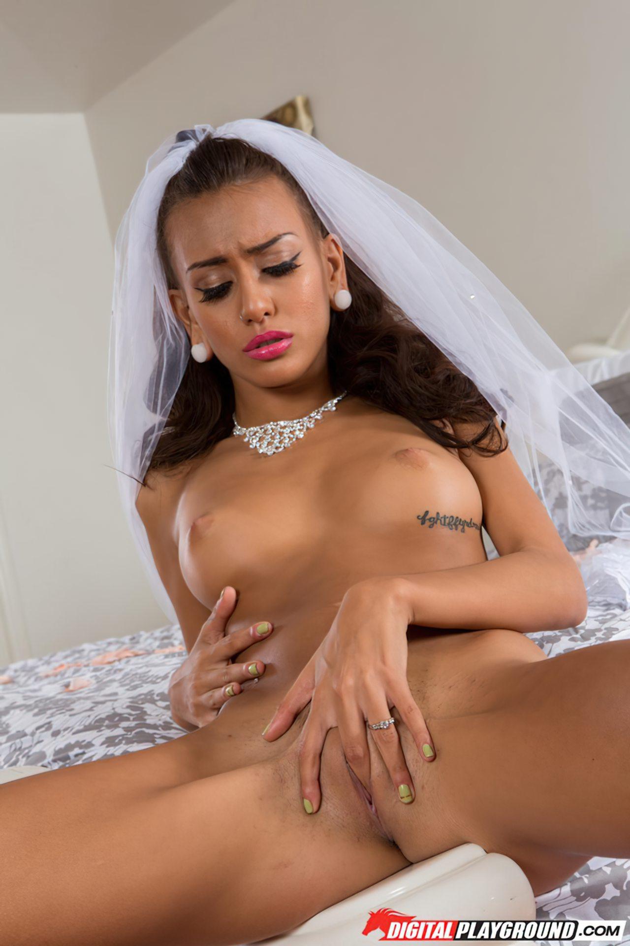 Mulher Nua Depois do Casamento
