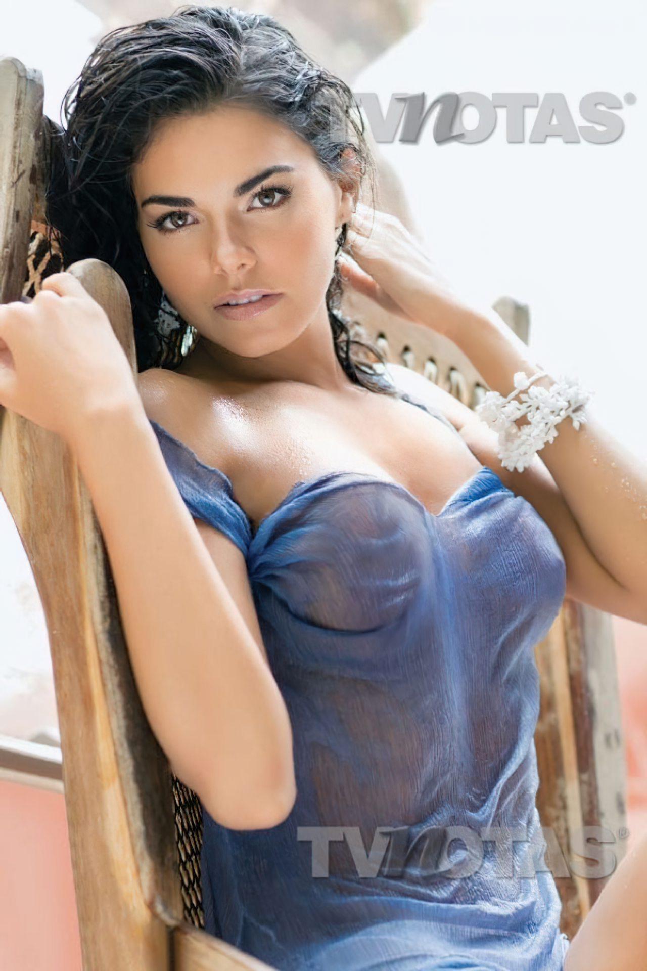 Livia Brito (16)