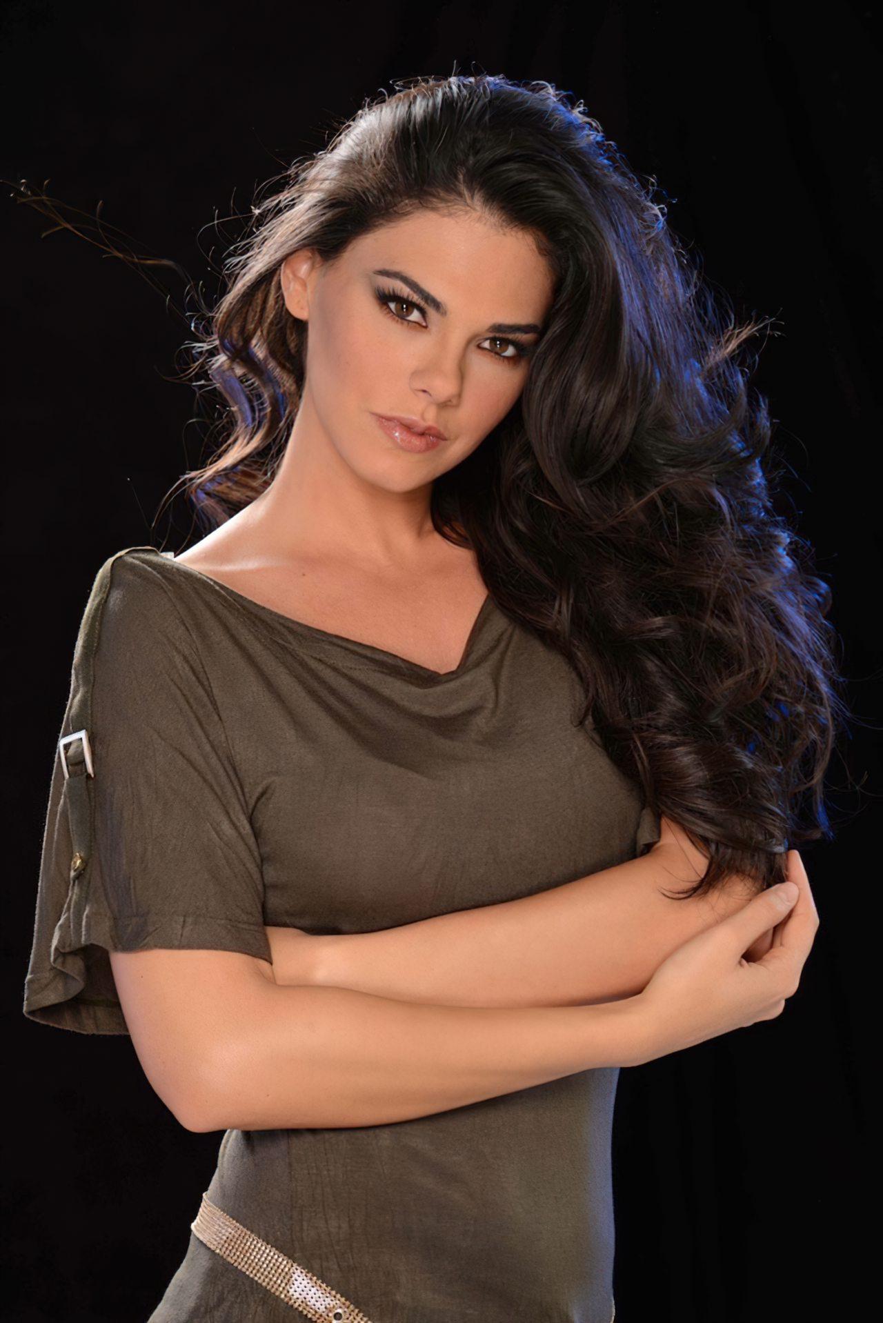 Livia Brito (17)
