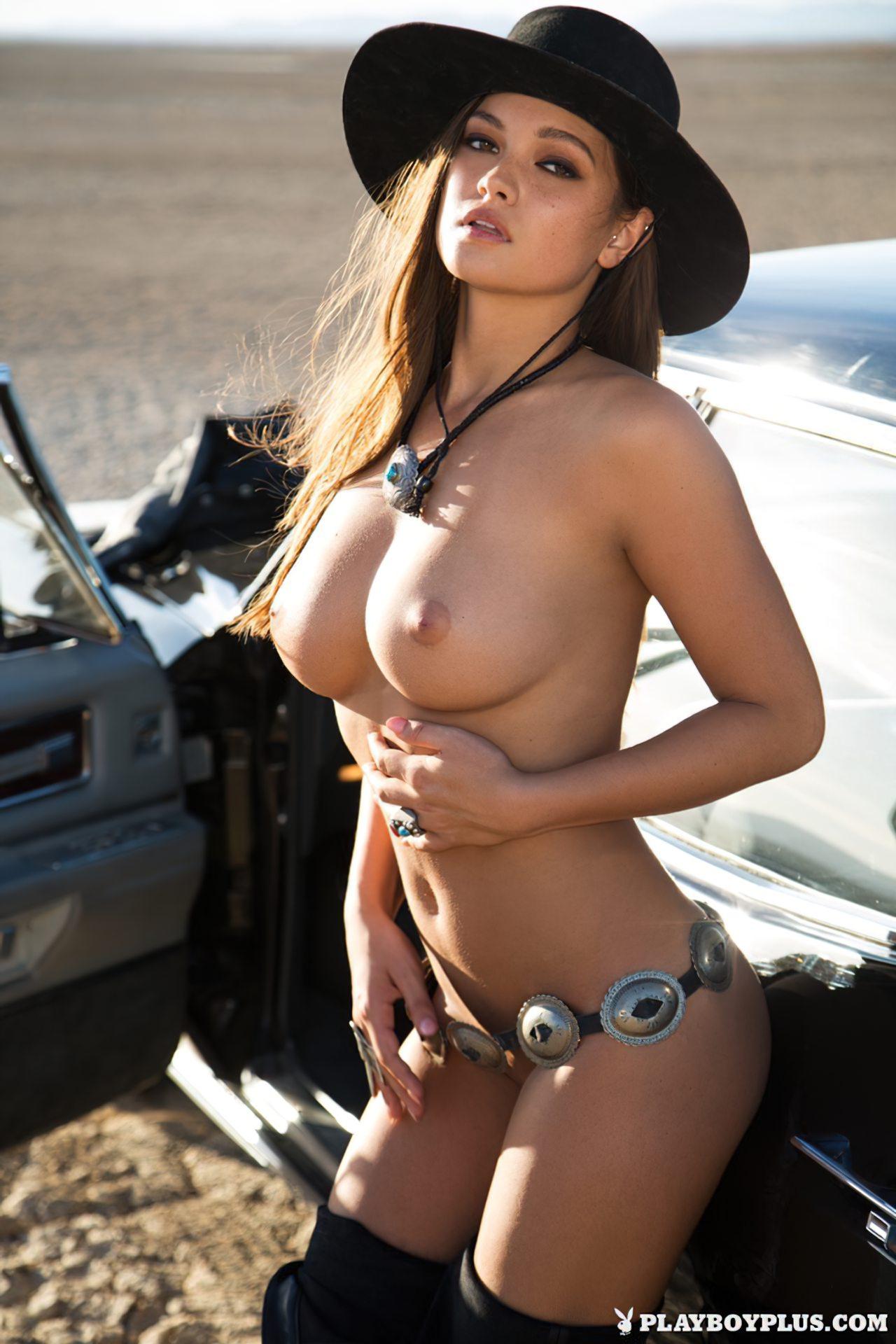Chelsie Aryn Nua Playboy (1)