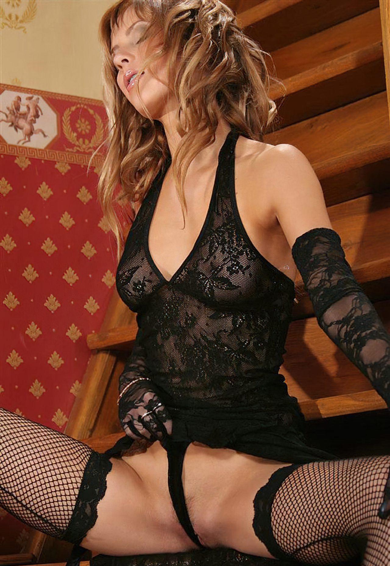 Nicole Sensual (7)
