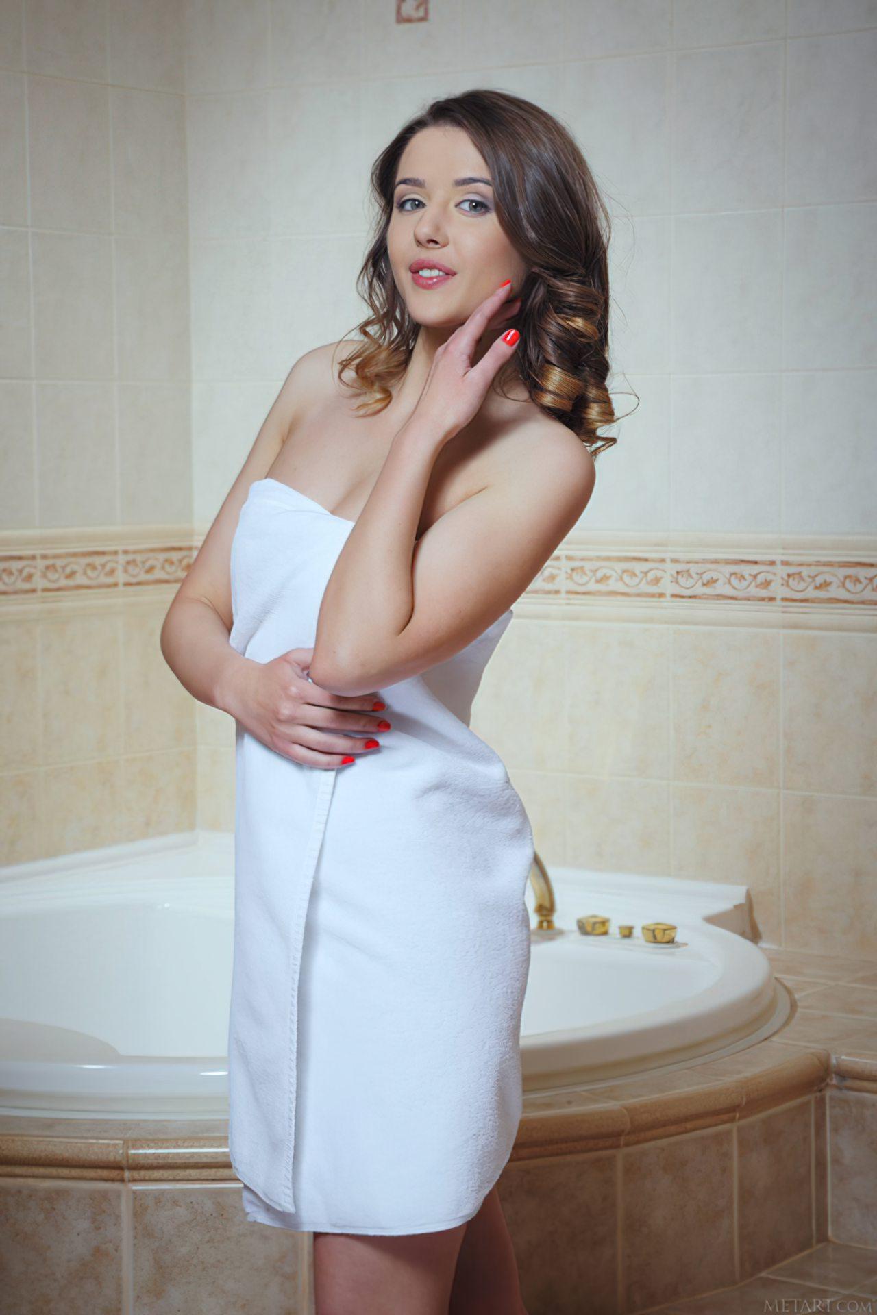 Novinha no Banho (1)