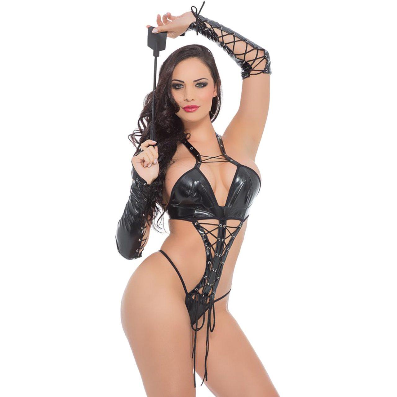 Aline Queyroz Nua (15)