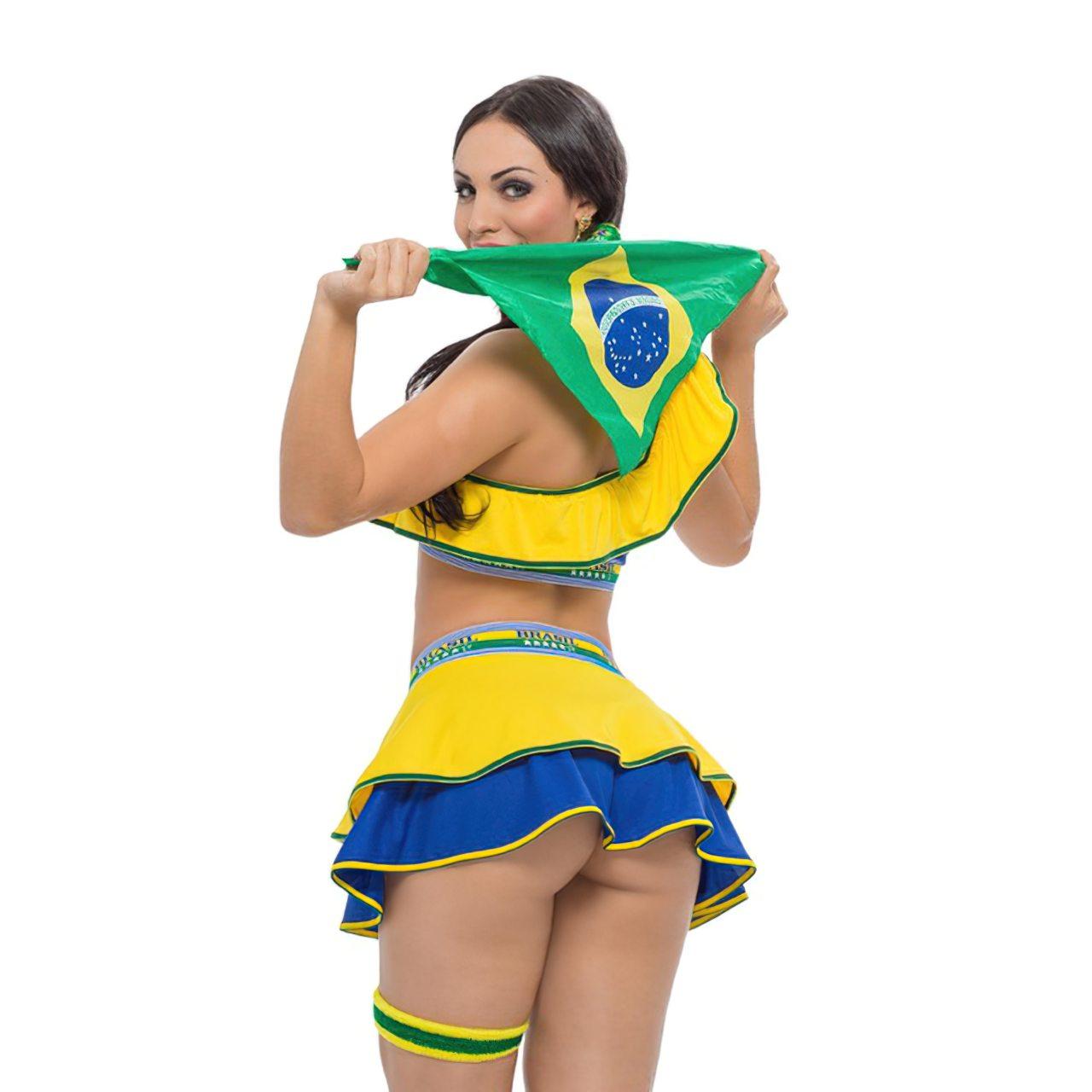 Aline Queyroz Nua (46)
