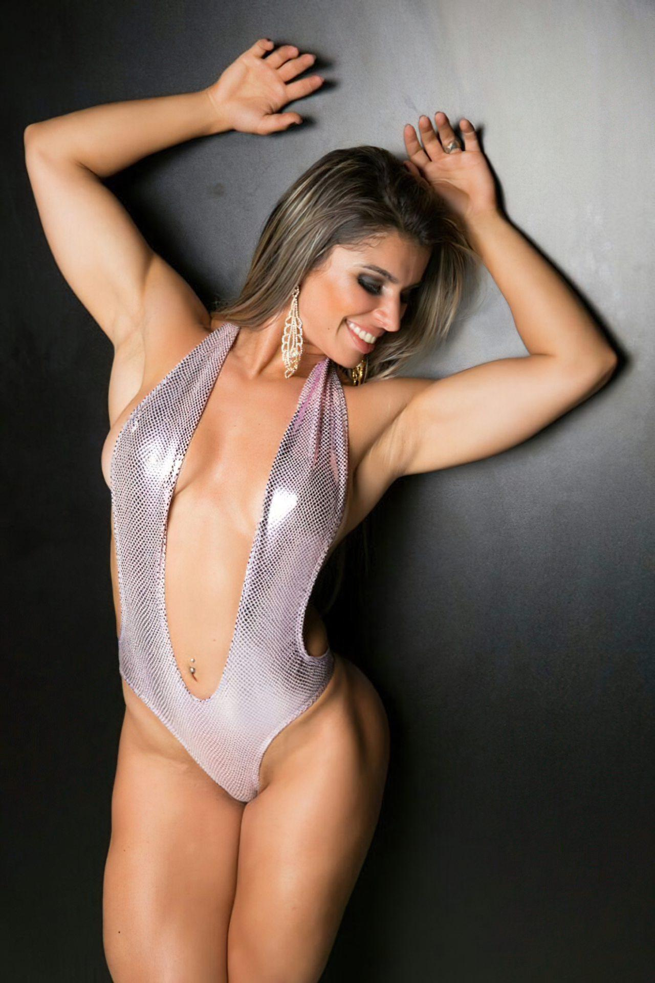 Sexy Vivian Cristinelli (6)