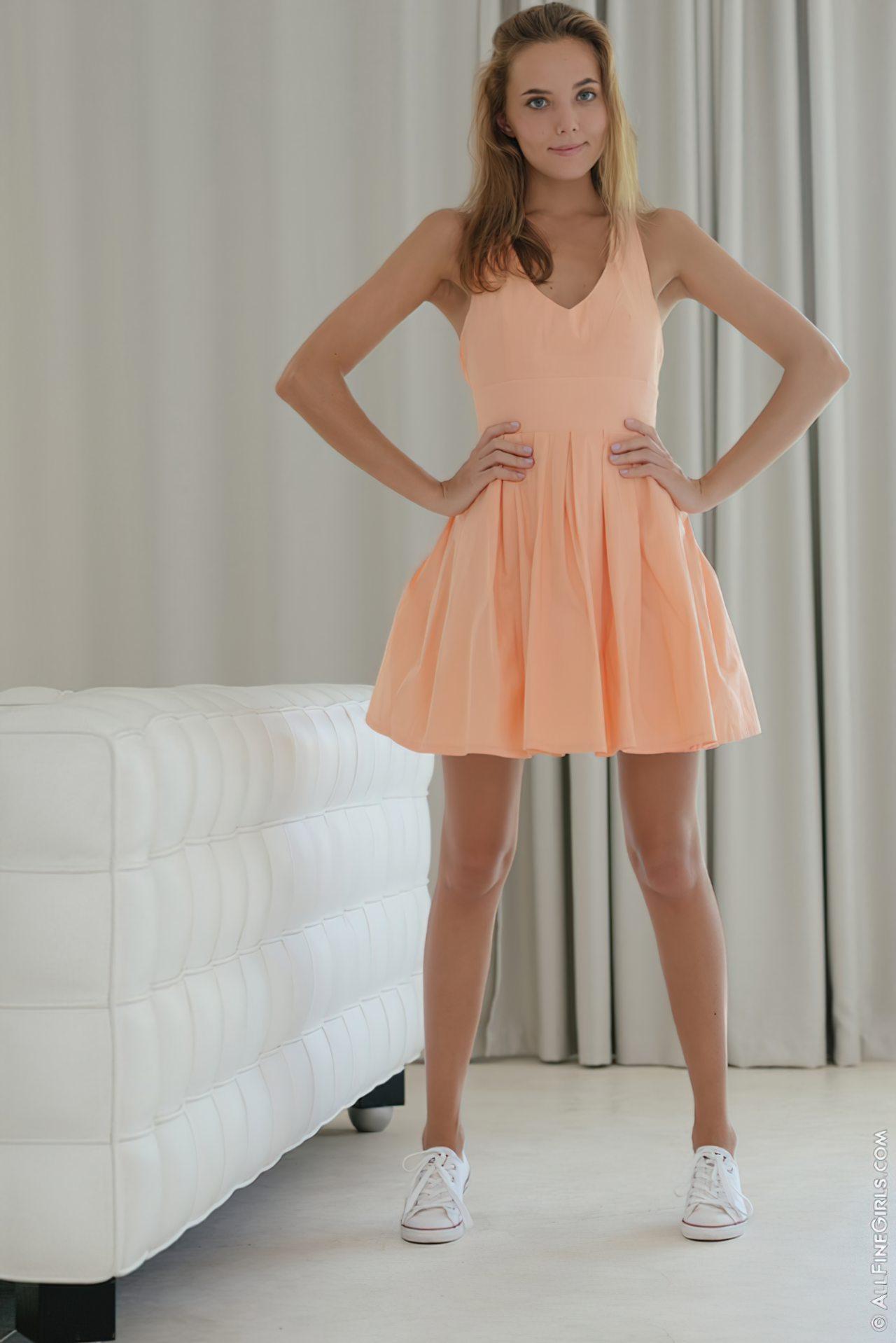 Katya Clover (1)