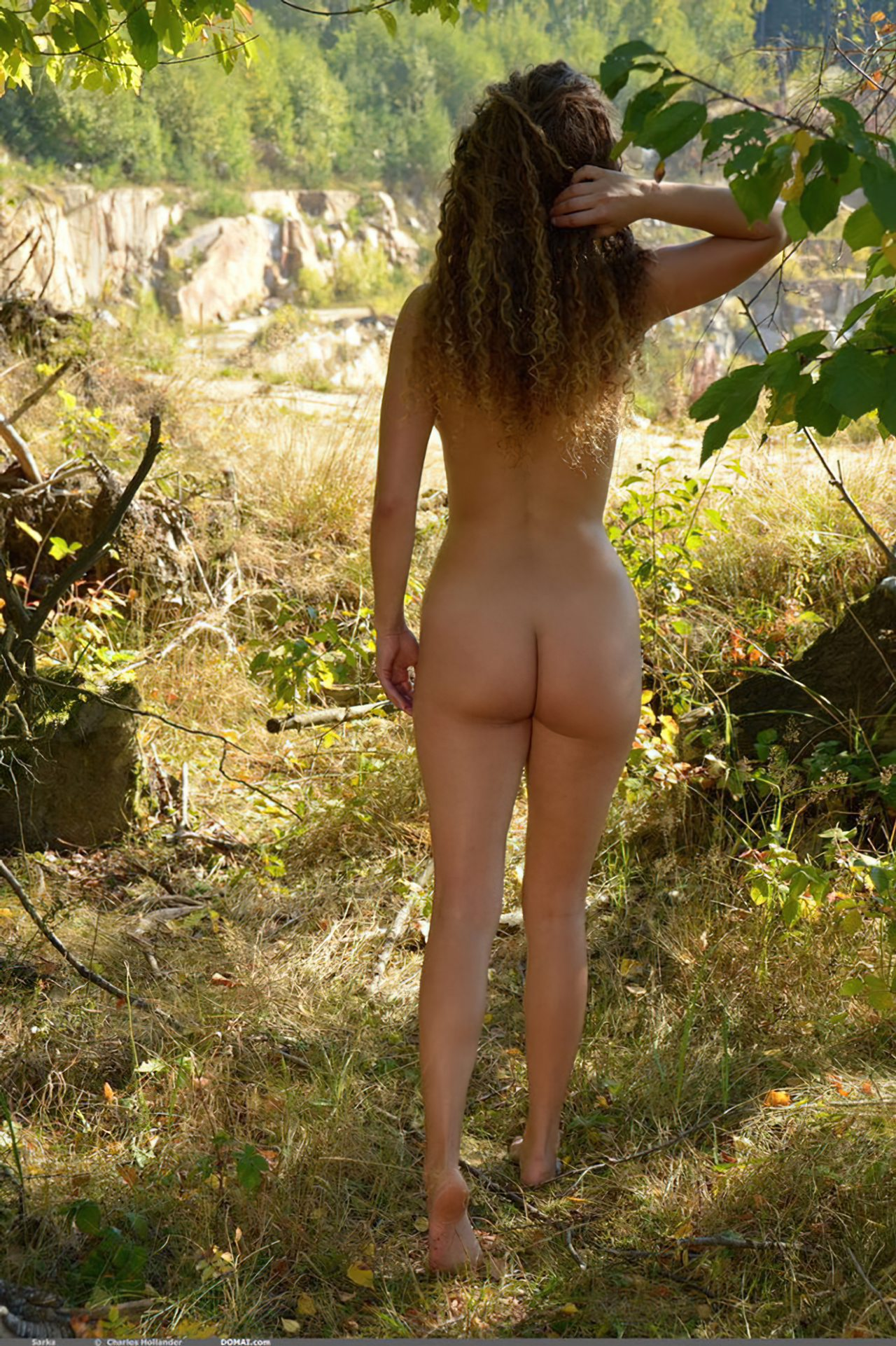 Mulher Francesa Passeando Nua (10)