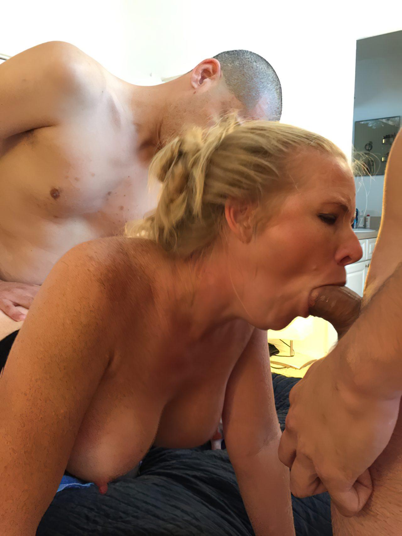 Gangbang Tiazinha Puta (6)