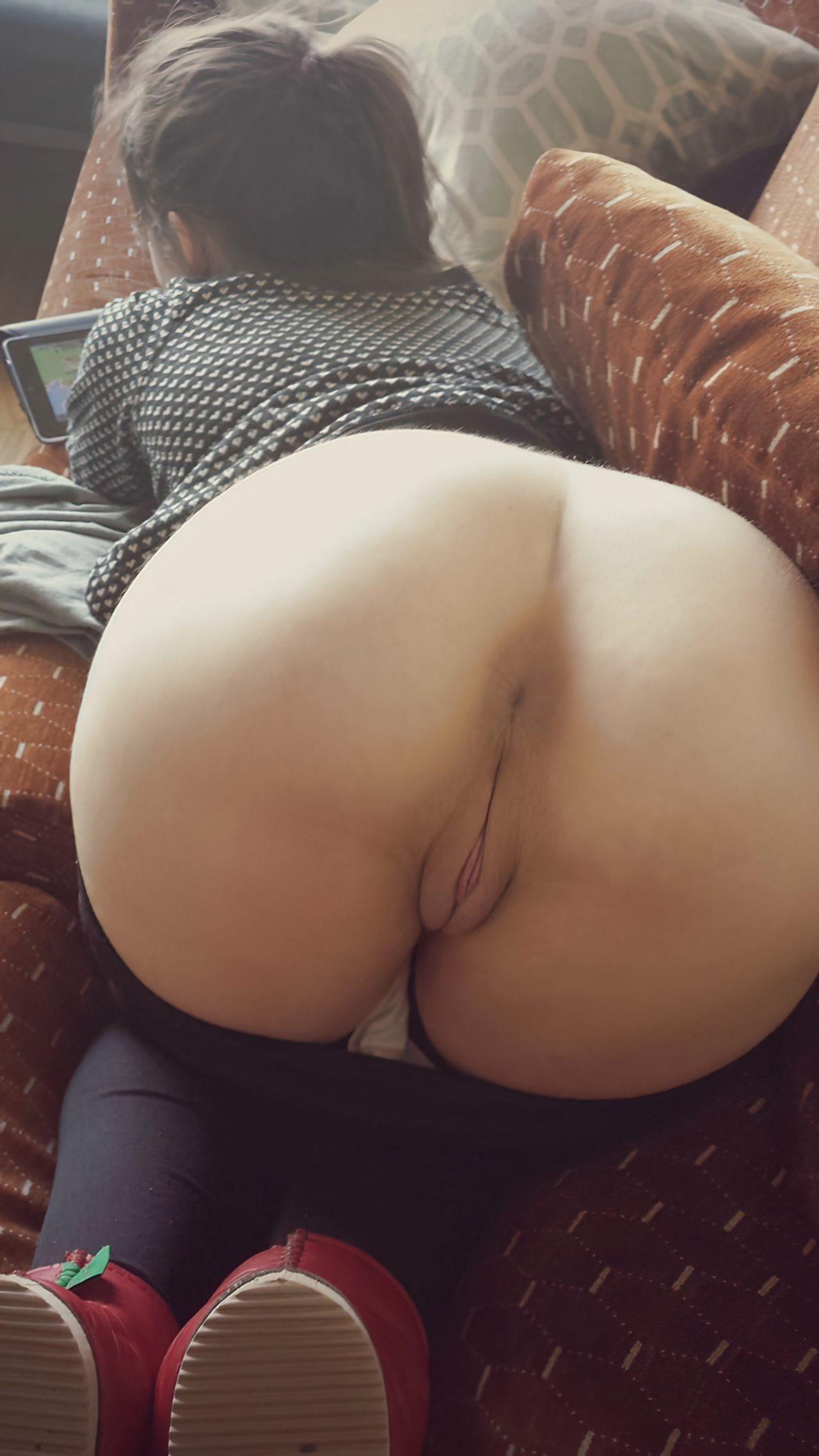 Rabuda no Sofa