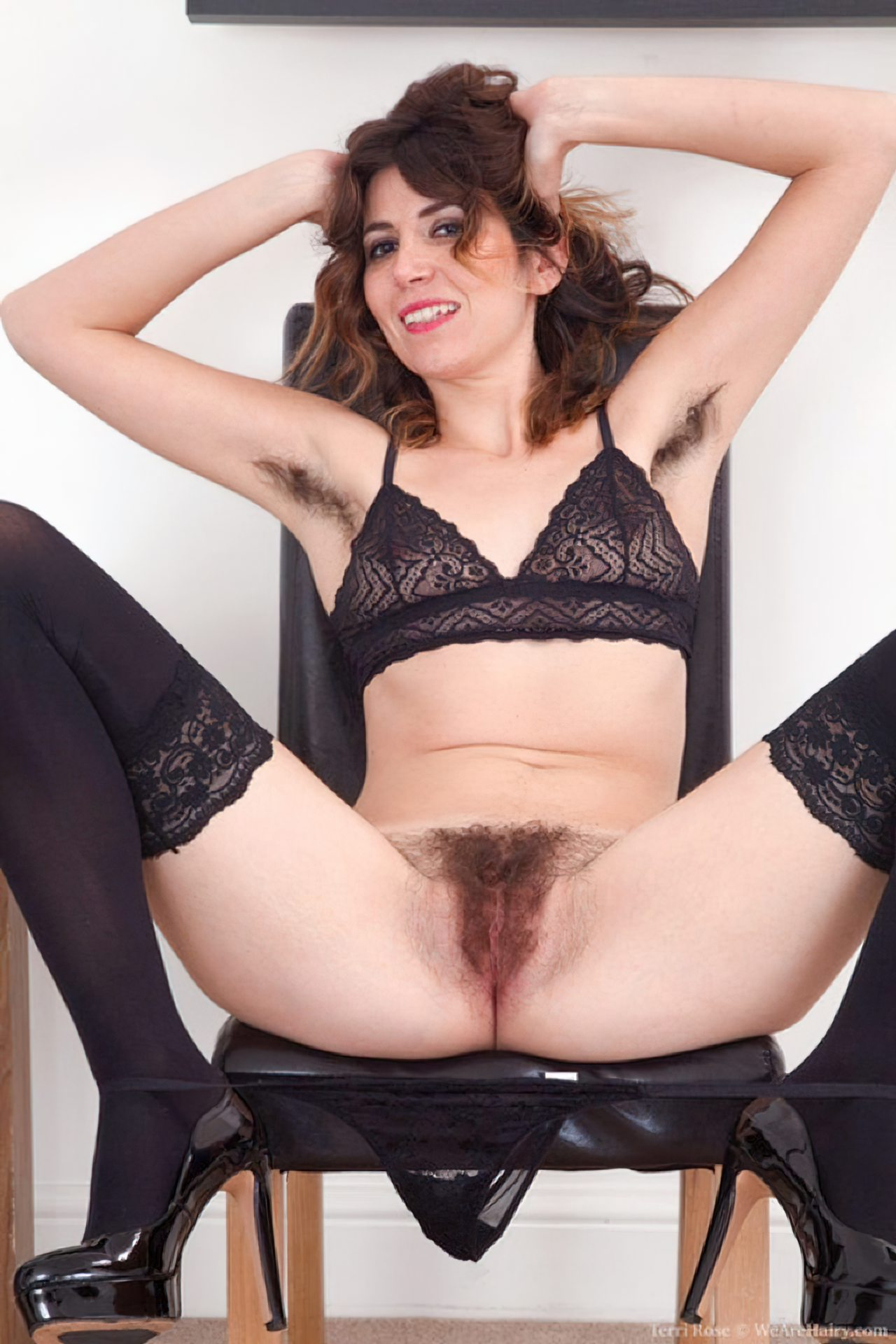 Mulher Buceta Peluda (99)