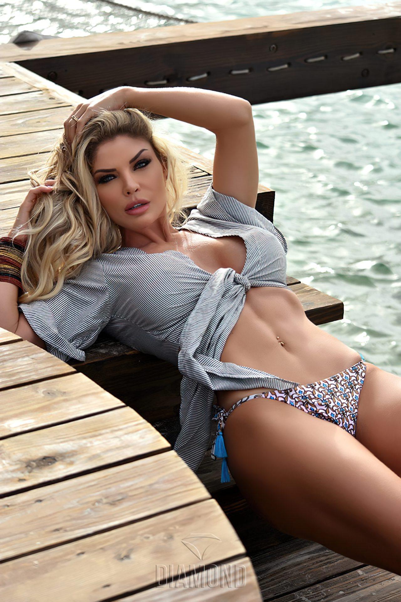 Viviane Bordin Sexy (8)